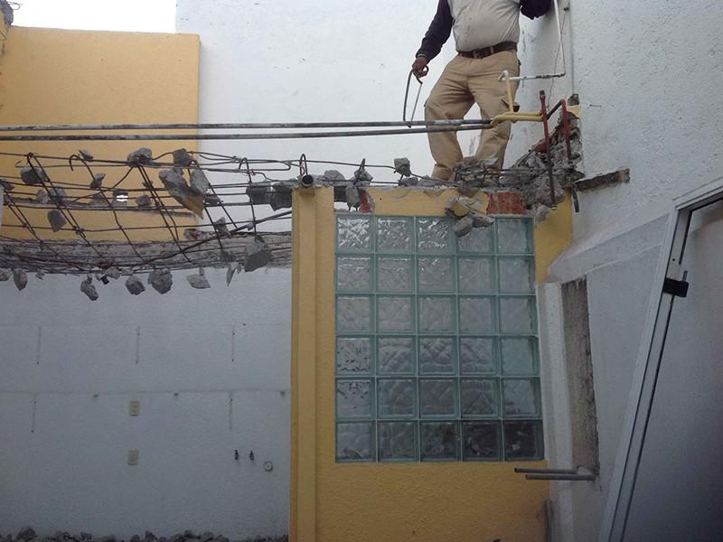 Demolición de losa para reforzar